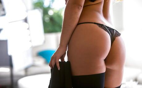 Non Nude Booty Pics