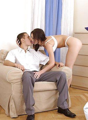 Kissing Pics