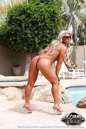 Bikini Booty Pics