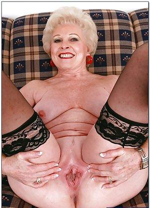 Granny Booty Pics